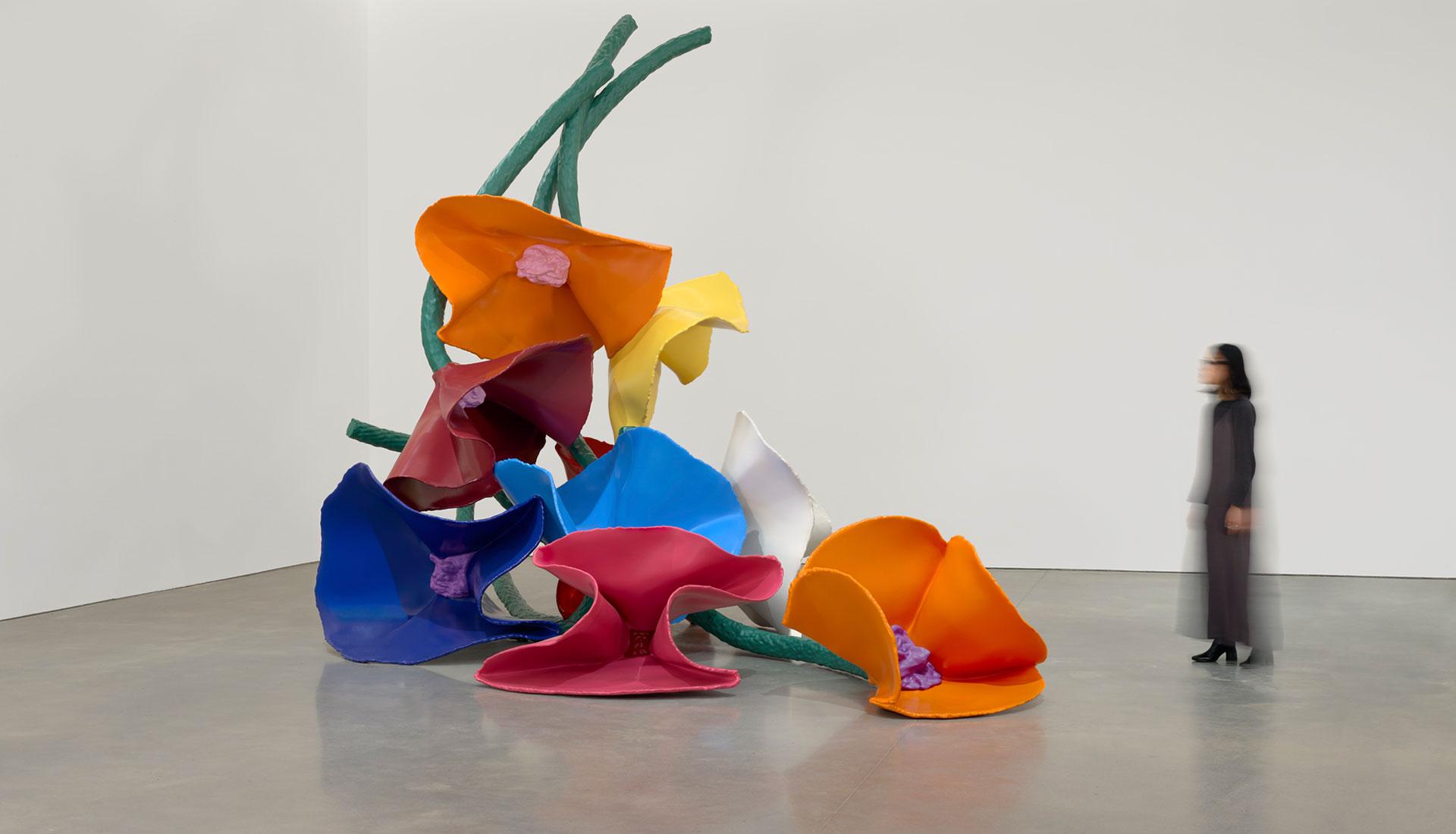 Pace Gallery: ретроспектива скульптур Класа Олденбурга и Косье ван Брюгген