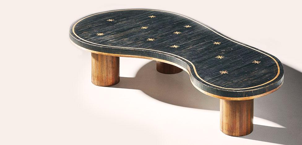 Аукцион Phillips: 591 000 долларов за кофейный столик