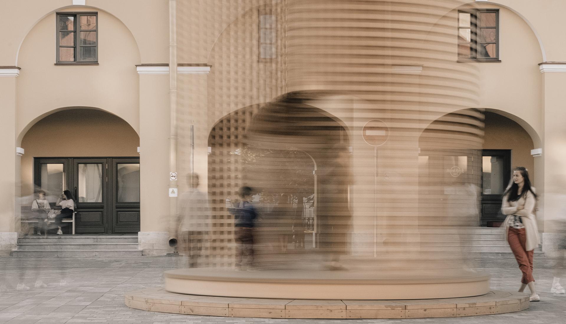 KATARSIS Architects: вращающаяся триумфальная арка в Петербурге