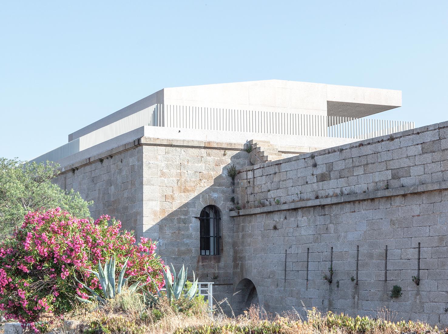 Архитектурное наследие Франции: 5 проектов реконструкций и новых арт-центров
