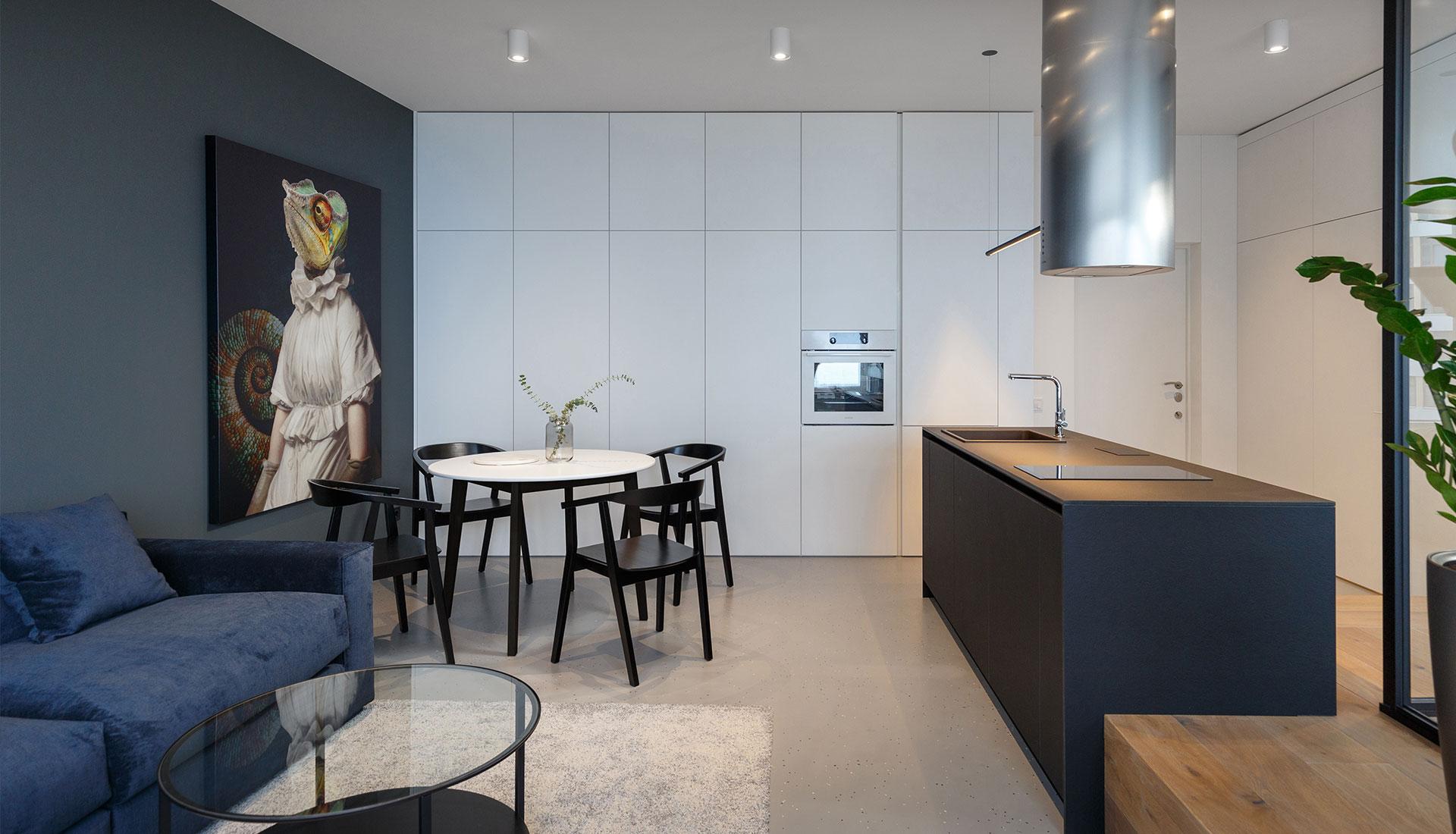 Дизайн маленькой кухни: 5 решений с планировками