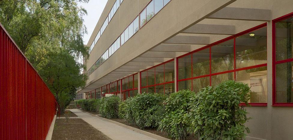 Памятник года: школа по проекту Андре Люрса