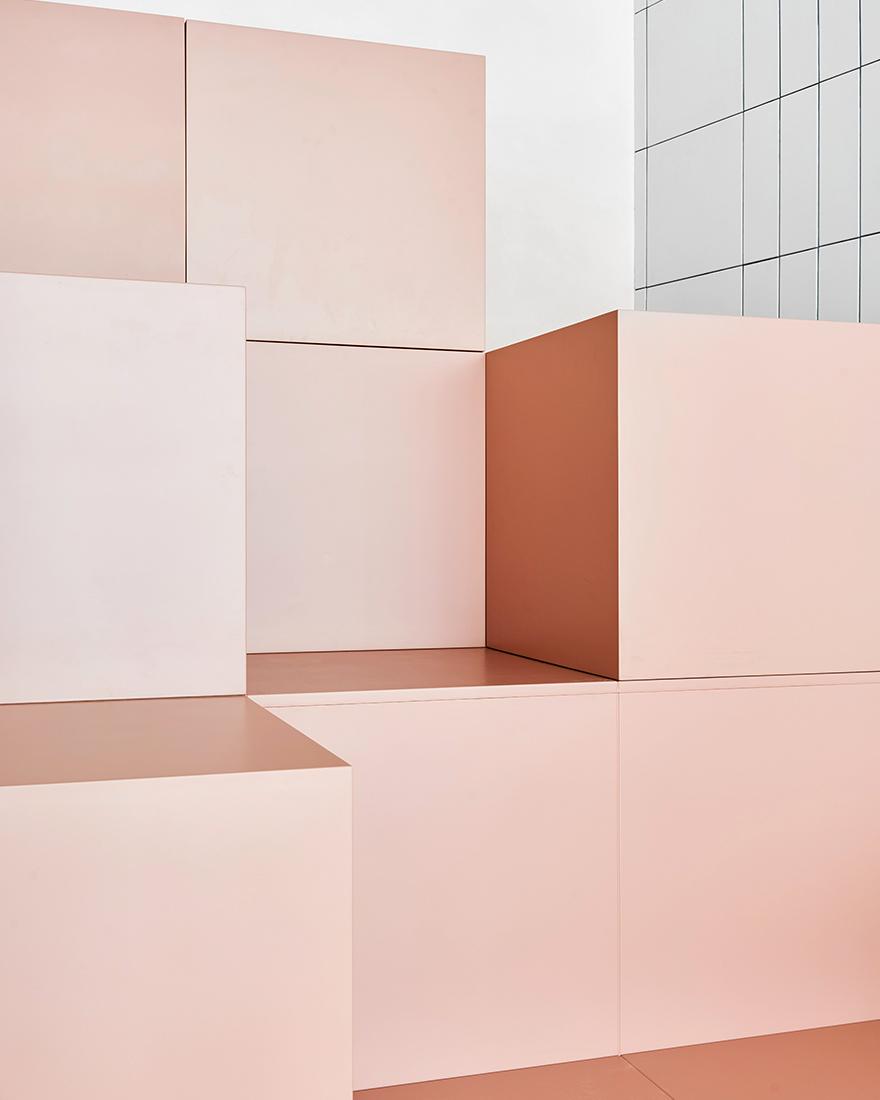 Розовый в интерьере фото