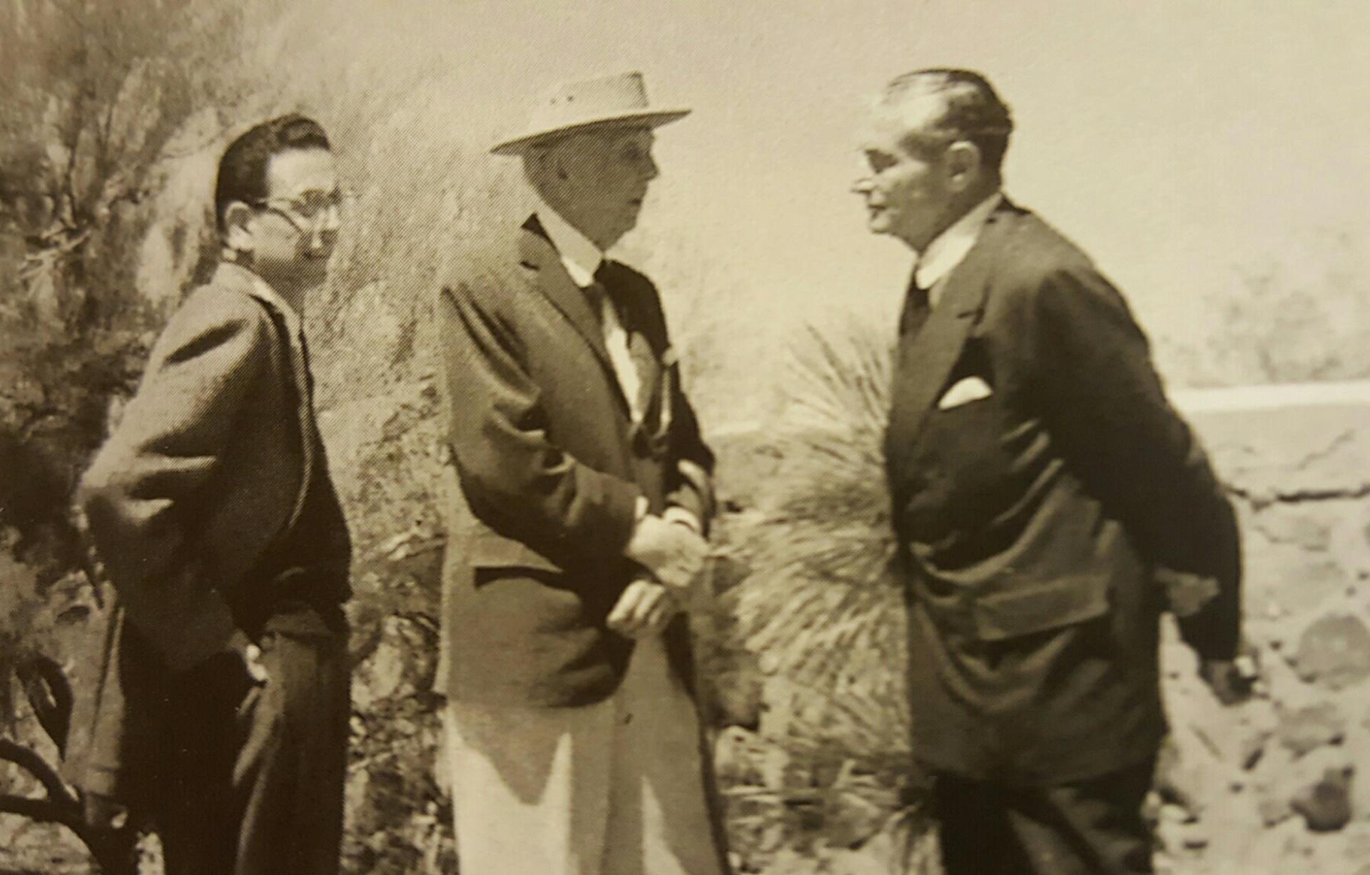 Фрэнк Ллойд Райт и Эдгар Кауфман фото