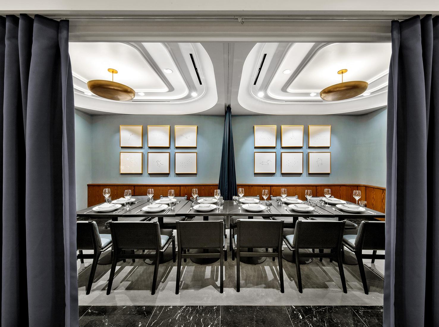 Ресторан в Hudson Yards фото