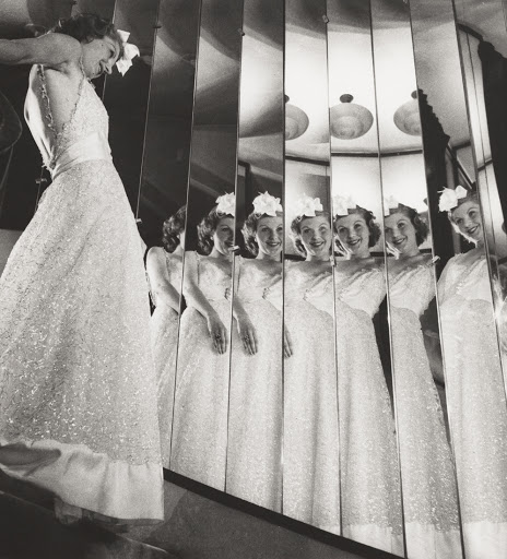 Выставка Шанель фото