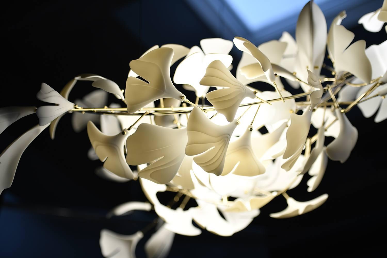 Светильник из фарфора фото