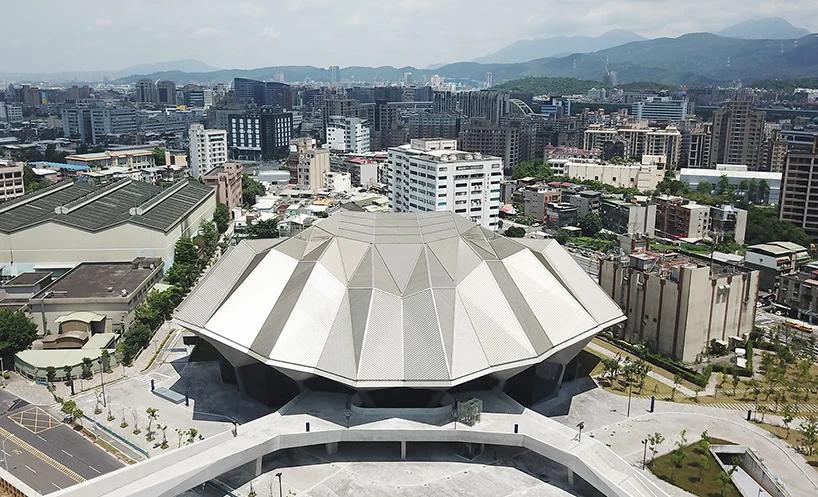 Концертный зал в Тайбэе фото