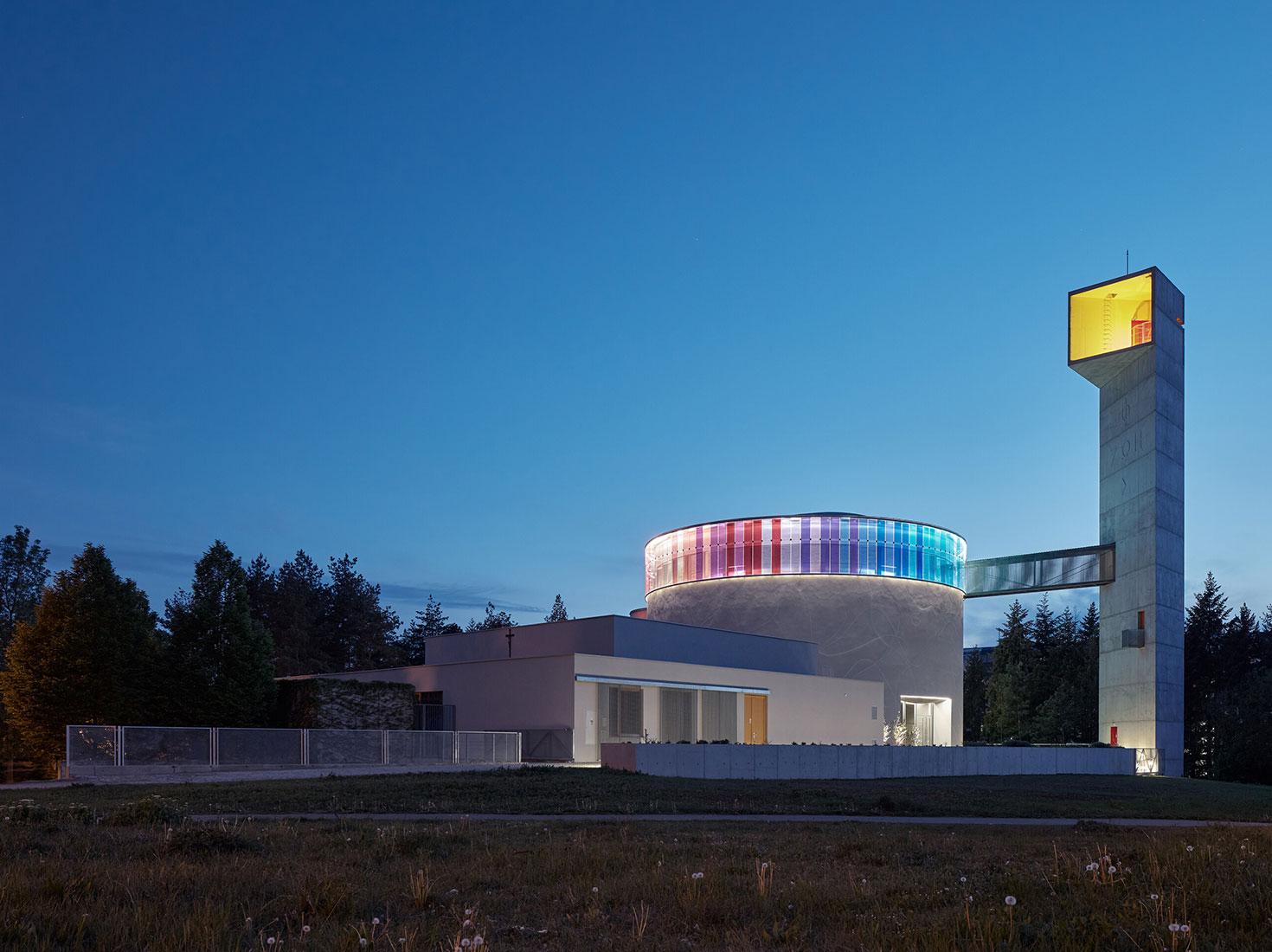 Современные церкви фото