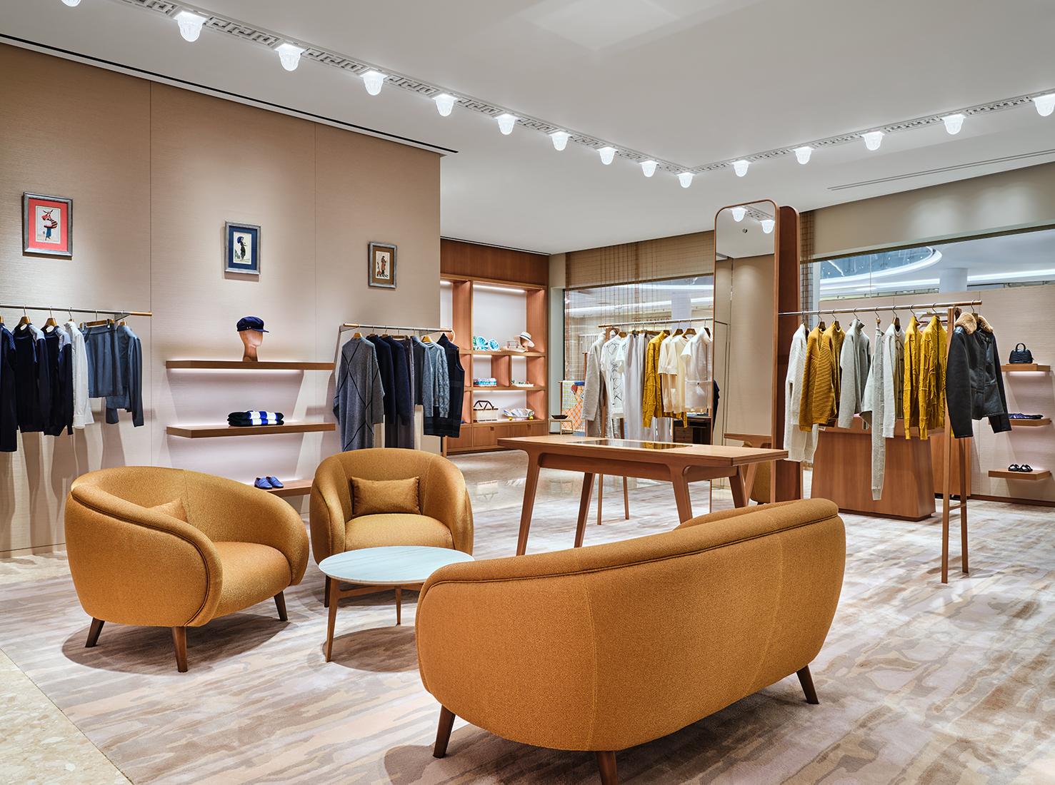 бутик Hermès фото