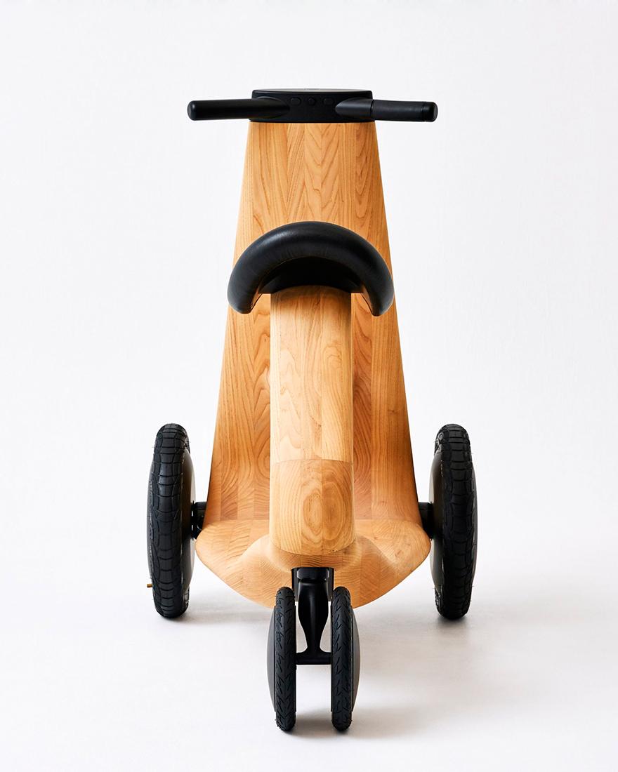 деревянный скутер фото