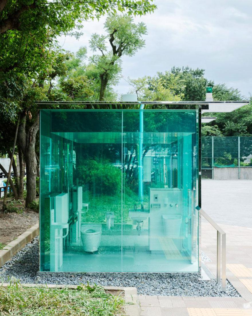 Прозрачные туалеты фото