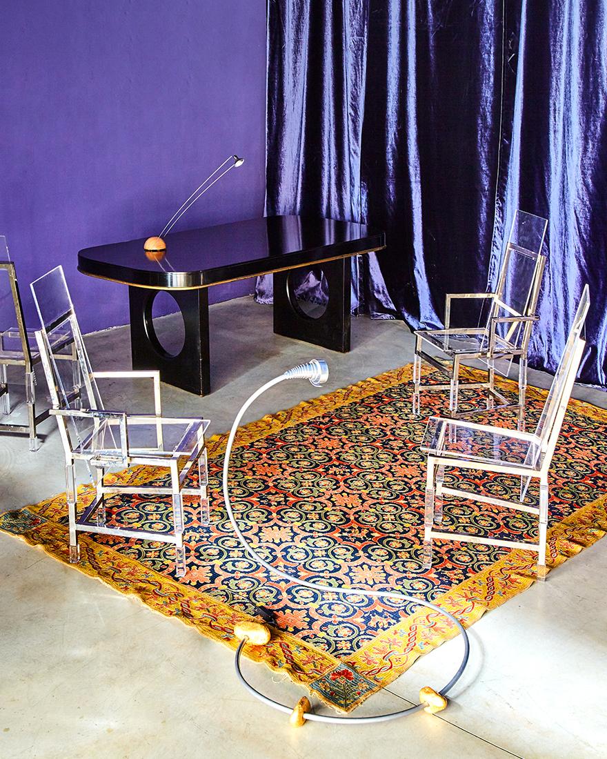 галерея Nilufar фото