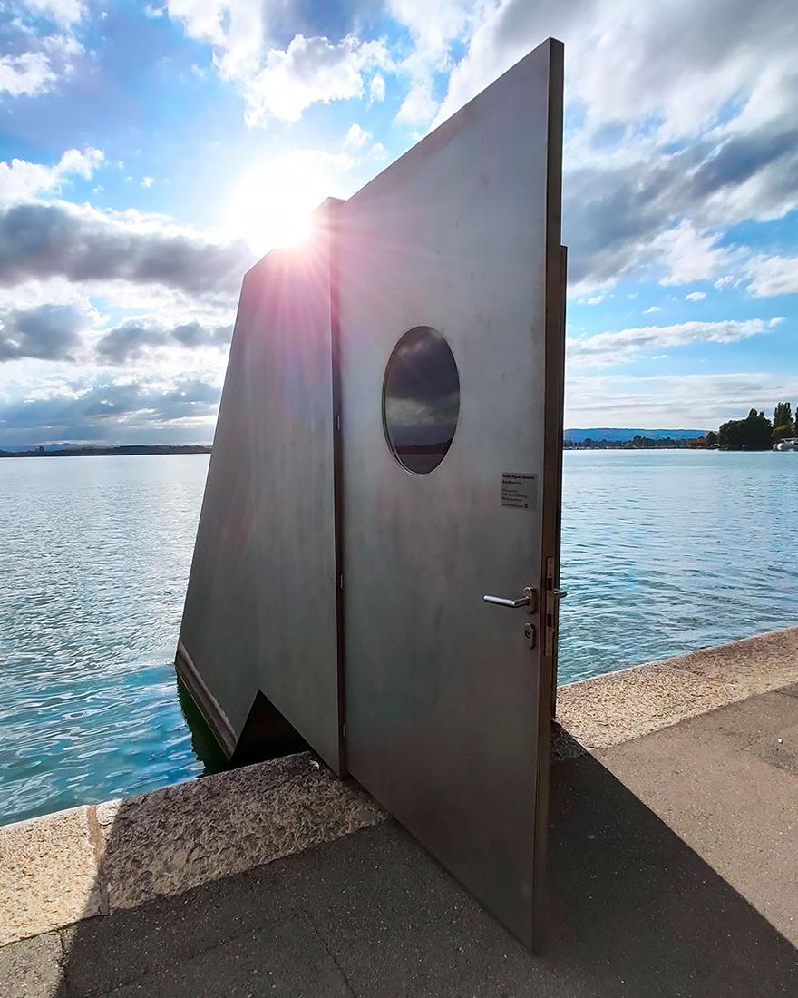 Подводная обсерватория в Швейцарии фото
