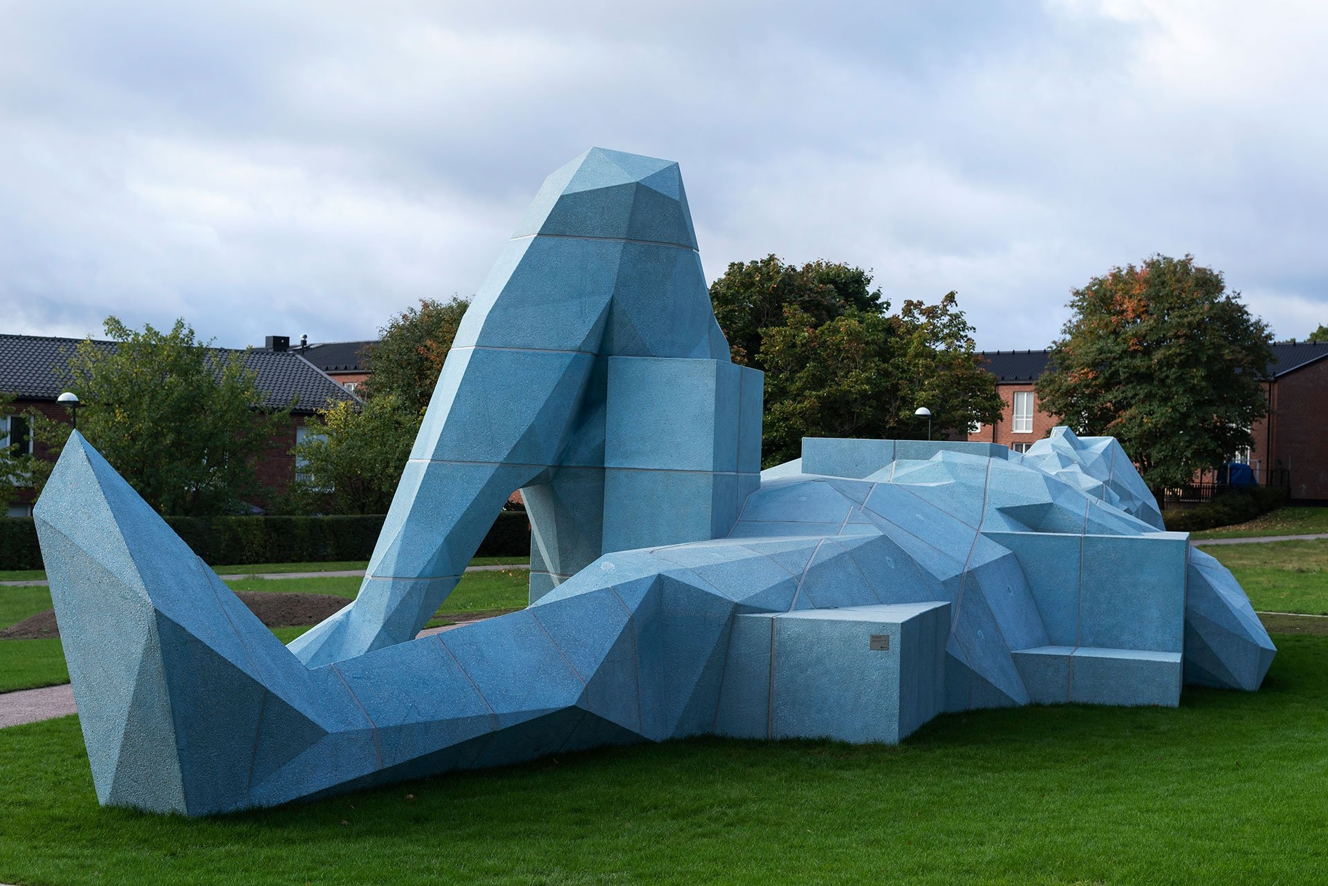 Современная скульптура фото