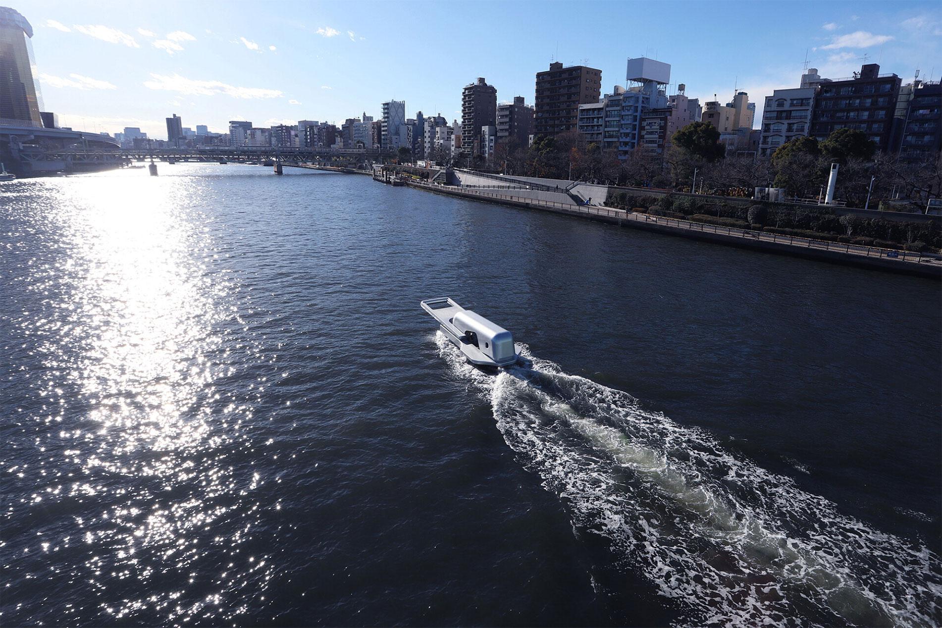Лодка-молния фото