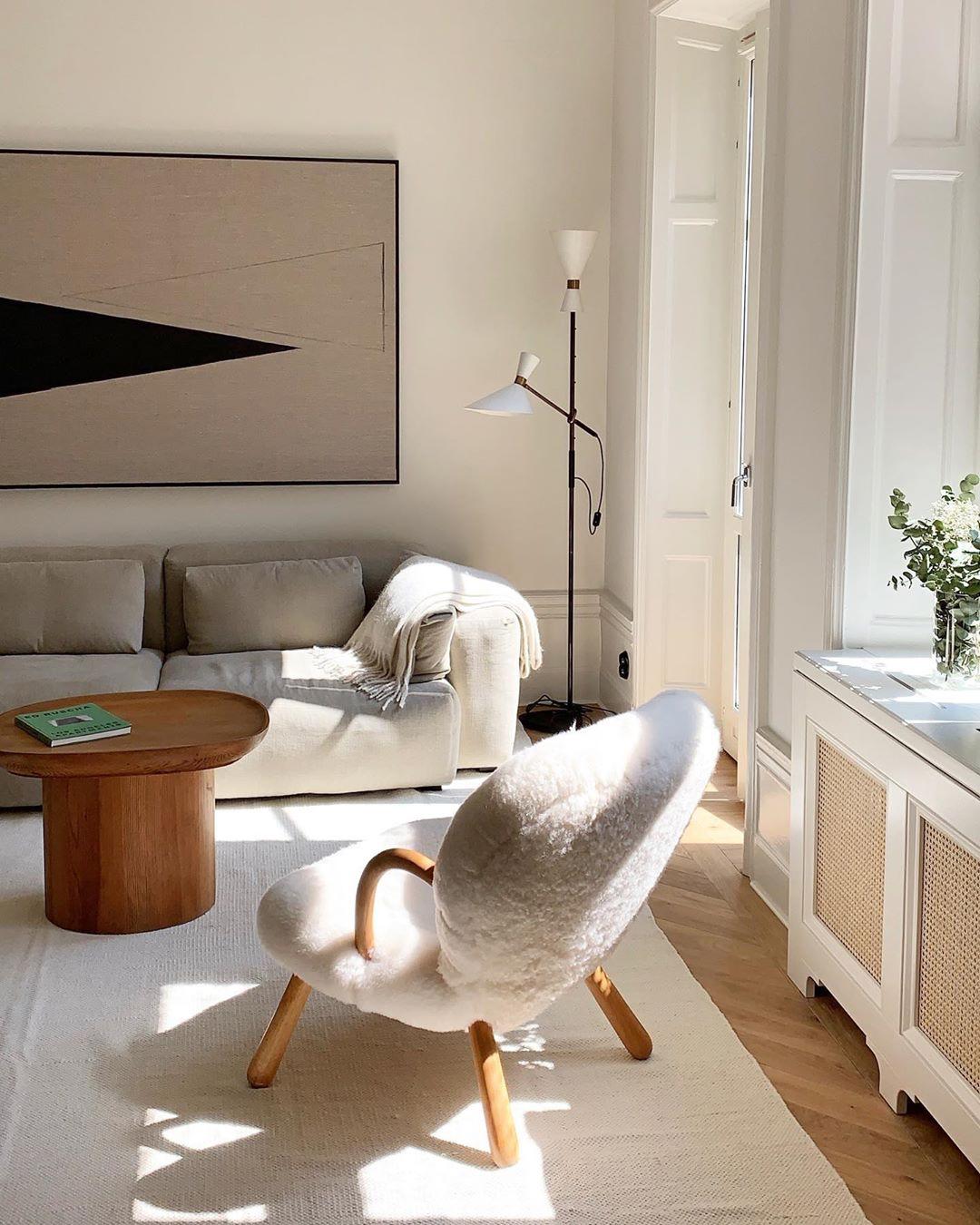 Свет в гостиной фото