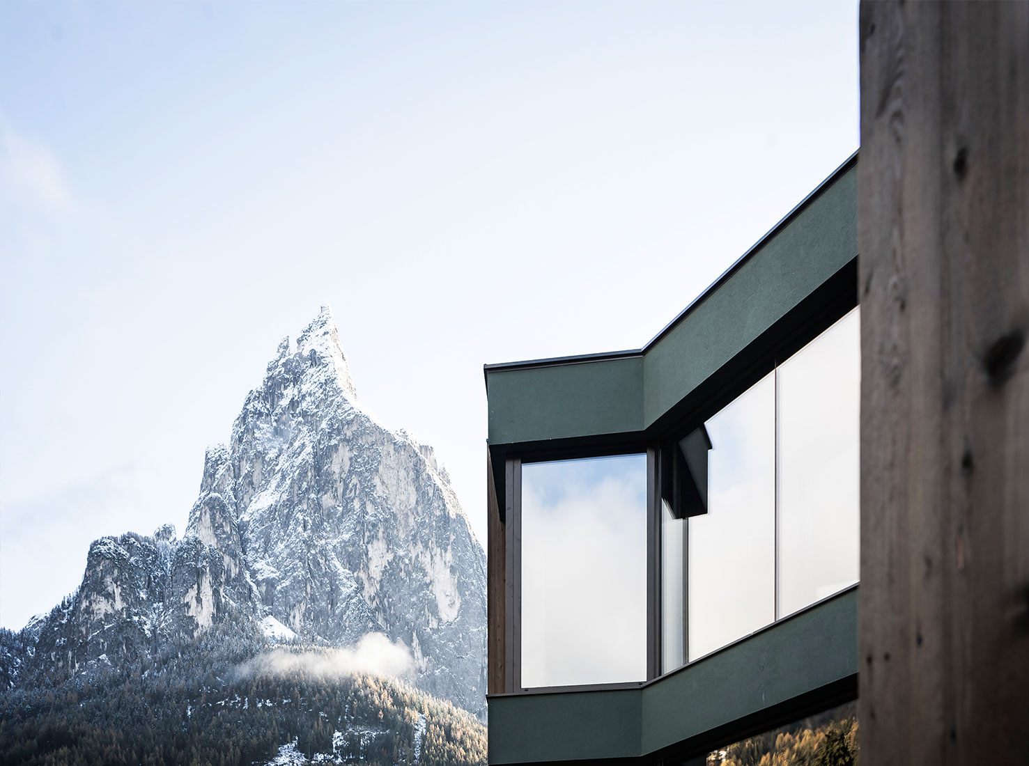 Альпийский отель фото