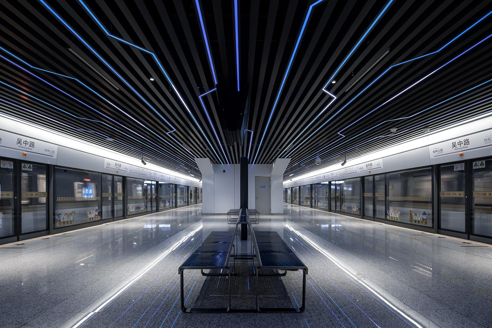 метро в Шанхае фото