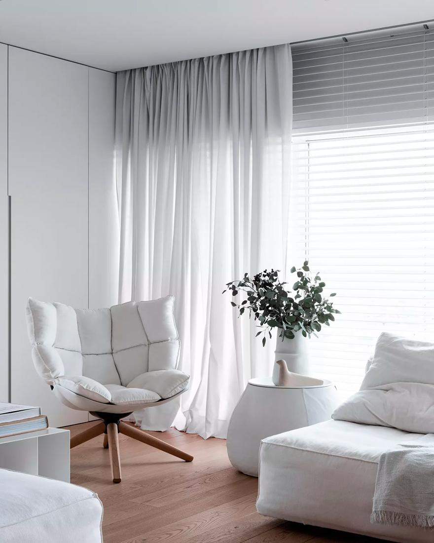 Интерьер в белых цветах фото