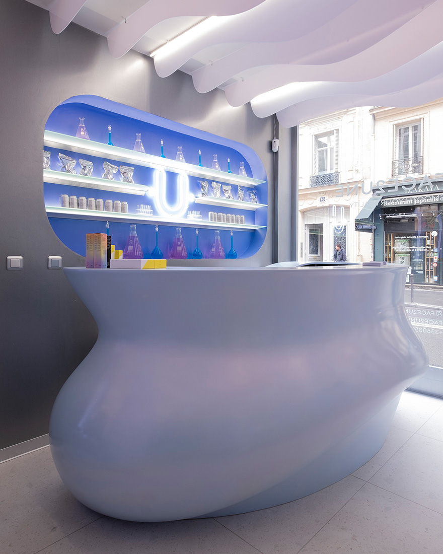 Салон красоты Face2une в Париже фото