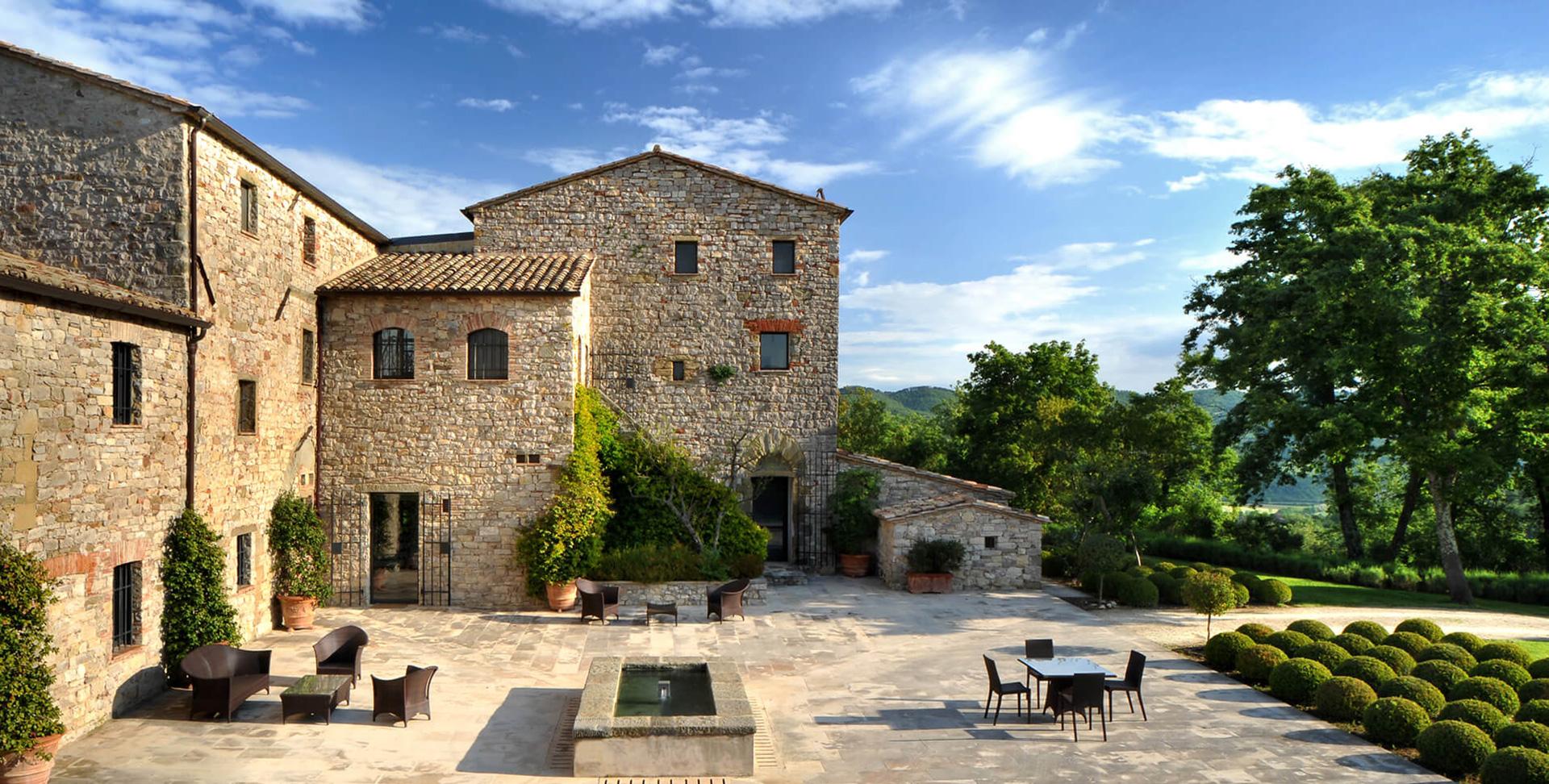 Castello di Reschio: отель в итальянском замке