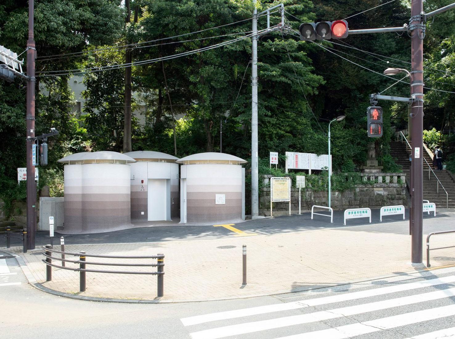 Общественные туалеты в Японии фото