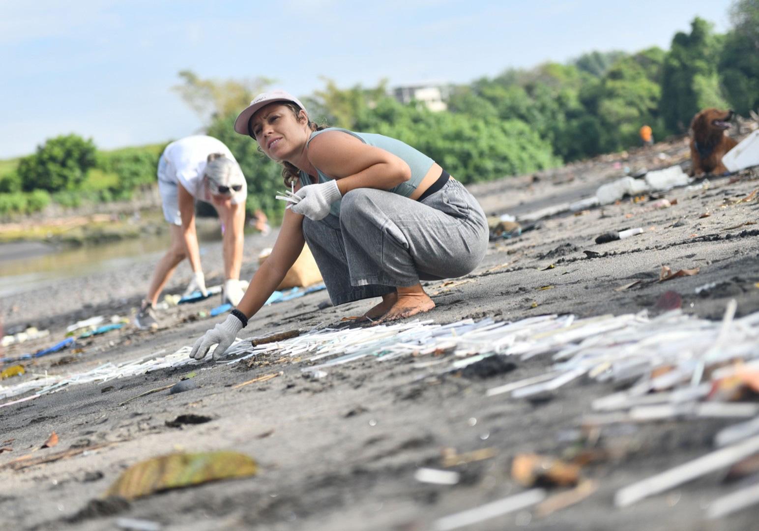 Пластиковое загрязнение фото