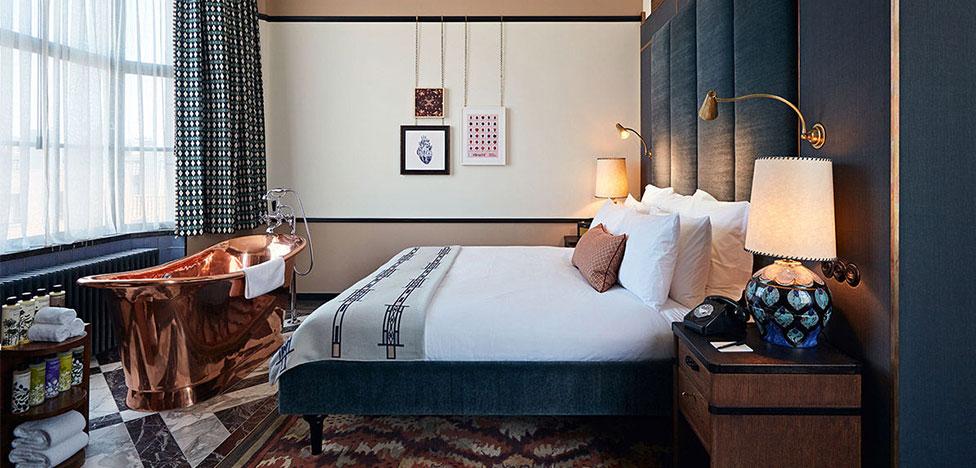 Soho House Amsterdam: клубный отель на канале