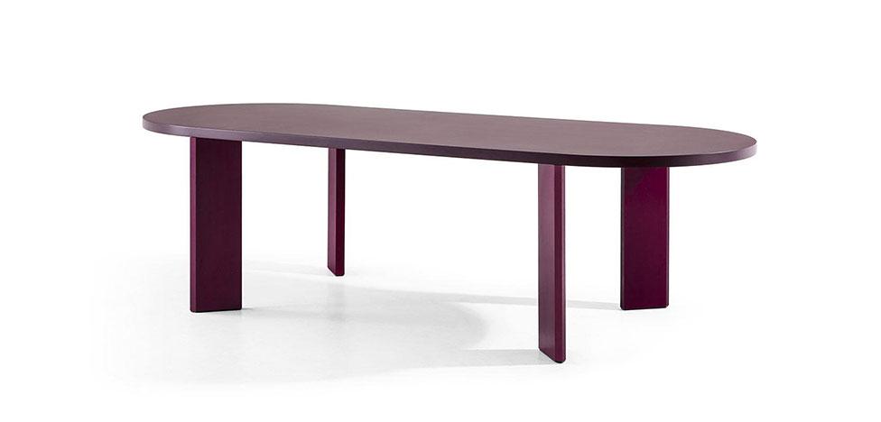 20 деревянных столов