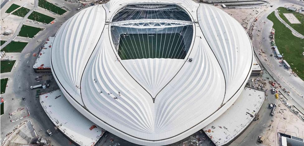 Zaha Hadid Architects: cтадион в Катаре