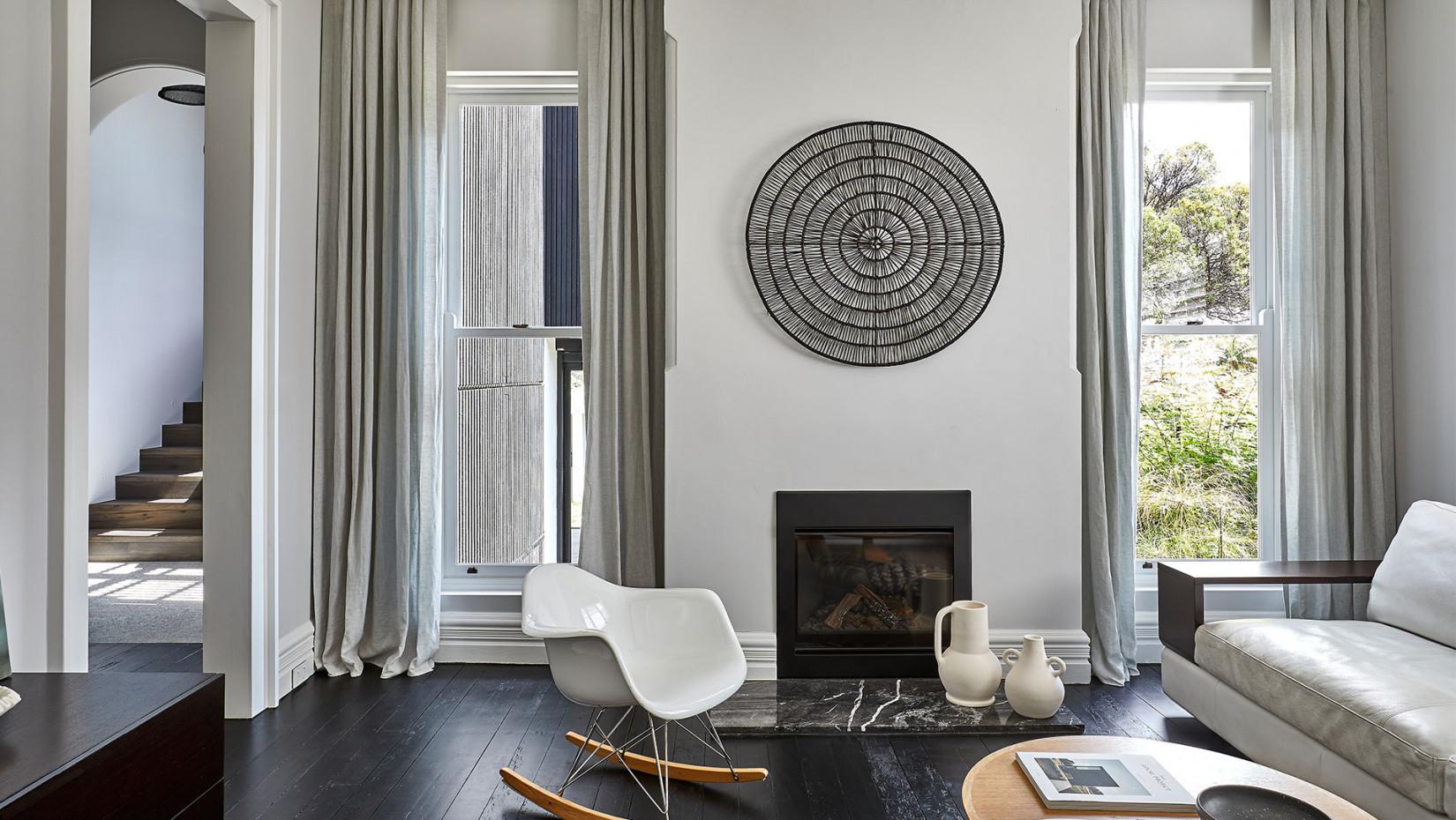 Дом по проекту Daniel Boddam Studio: тепло, тишина и покой