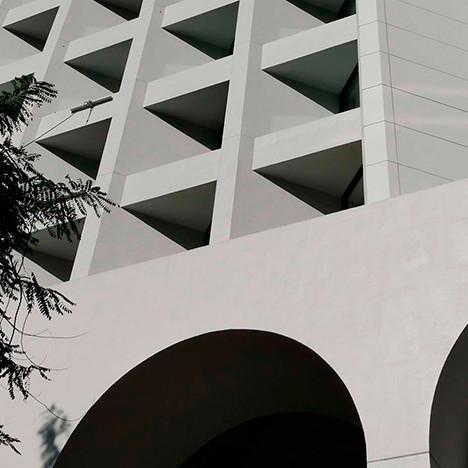 Foster+Parners и Рон Филиппс: отель, который вошел в историю