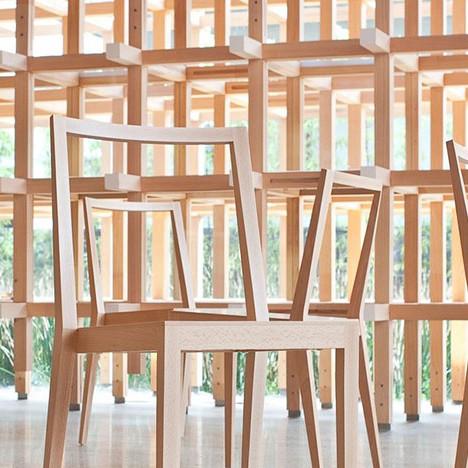 Мебель архитектора Кенго Кумы на выставке в Амстердаме