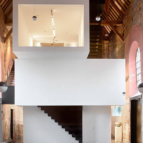 Klaarchitectuur: офис в Лимбурге