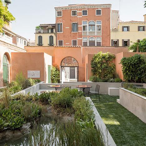 Фонд V-A-C в Венеции