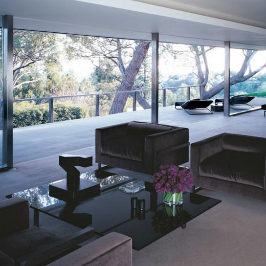 Том Форд продал дом по проекту Рихарда Нойтры