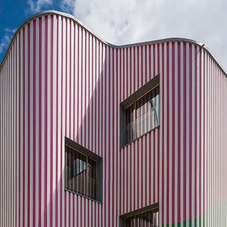 Даниэль Бюрен и Davide Macullo Architects: зелено-розовый дом