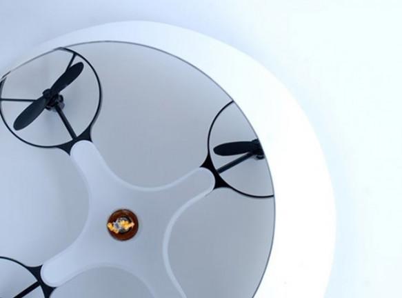 Кацухиро Яманака спроектировал летающую лампу-дрон
