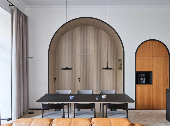 Heima Architects: квартира с арками в центре Вильнюсе