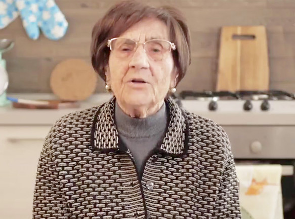 Итальянская бабушка и Ли Эделькорт о коронавирусе