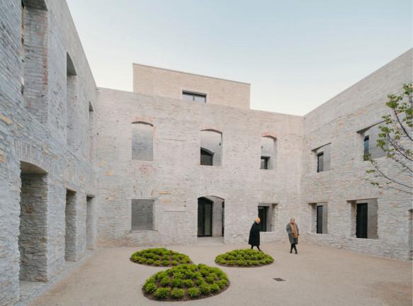 David Chipperfield Architects: реконструкция комплекса в Падерборне