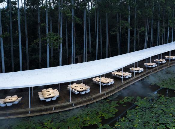 Волшебный ресторан в Чэнду по проекту MUDA Architects