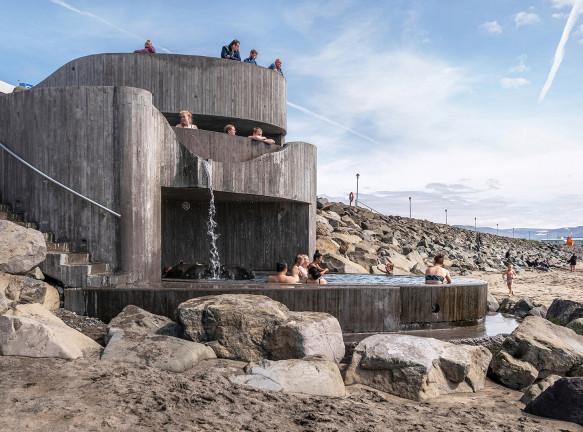 Basalt Architects: открытая купальня на исландском пляже