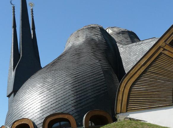 5 фантастических церквей Имре Маковеца