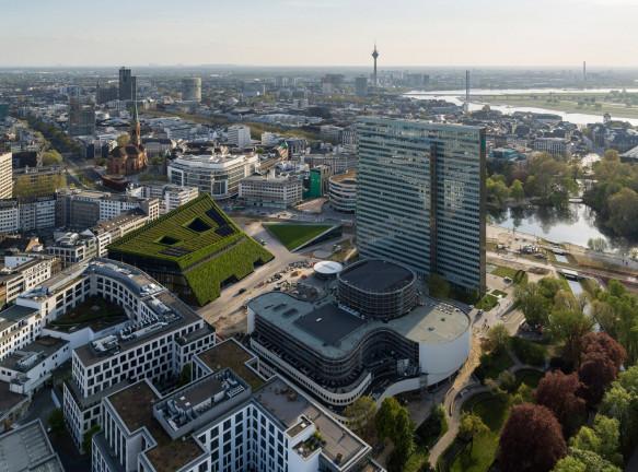 Ingenhoven Architects: ландшафтный парк и офис в Дюссельдорфе