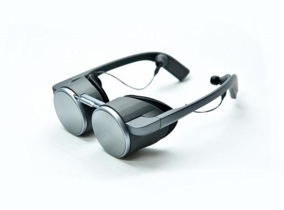 Первые в мире очки виртуальной реальности c технологией HDR