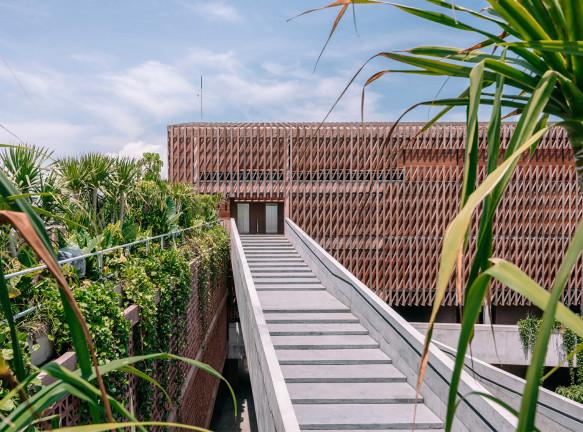 Отель на Бали по проекту ОМА