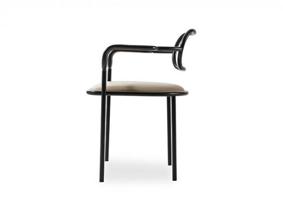 Широ Курамата: 40-летний юбилей 01 Chair