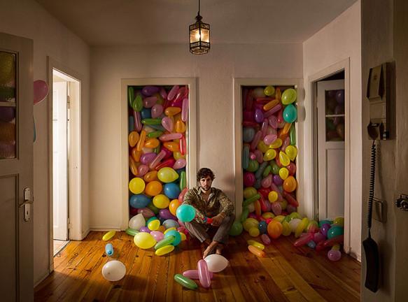 Детство взрослых на фотографиях Себастьяна Бауманна